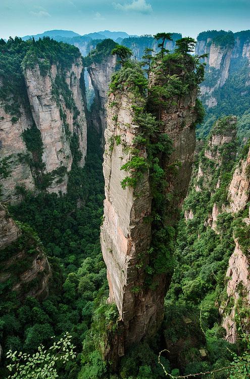 Split-Pinnacle-Hunan-China