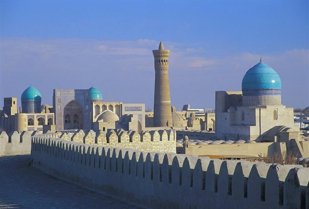 10 Reasons Why You Should Visit Uzbekistan  YourAmazingPlacescom
