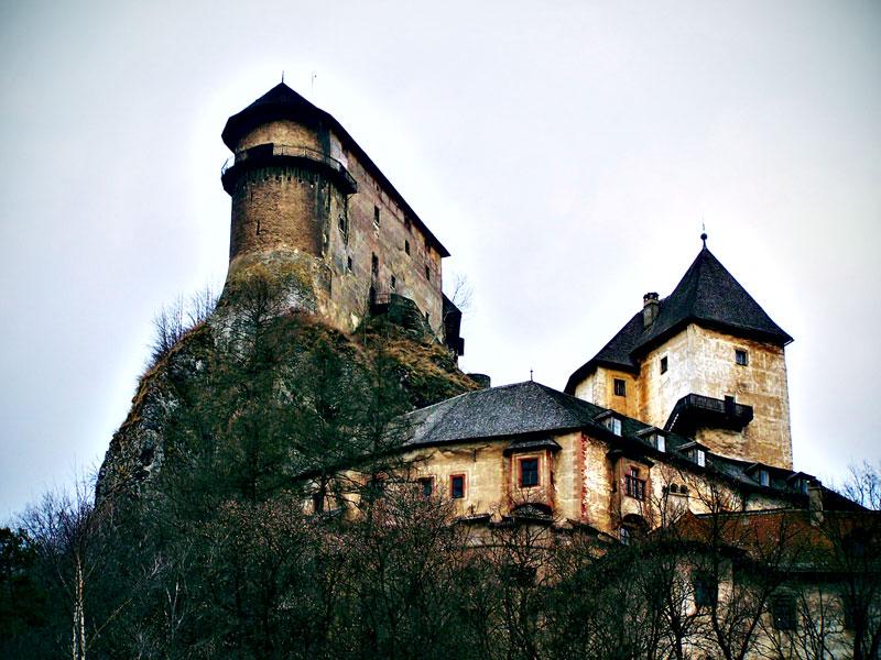 7 Awesome Photos Of Orava Castle Slovakia
