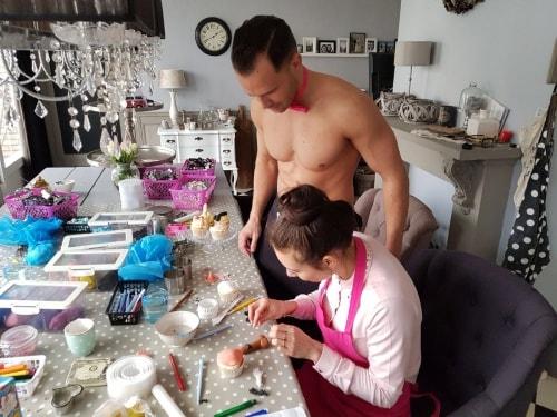 erotisch cupcake maken met een sexy butler