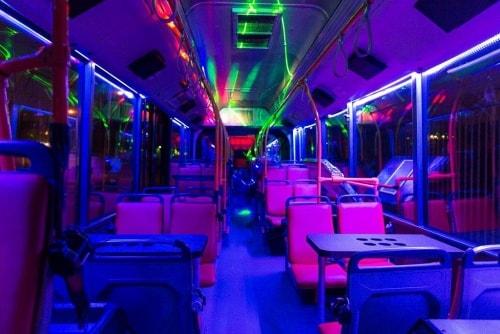 partybus met disco verlichting