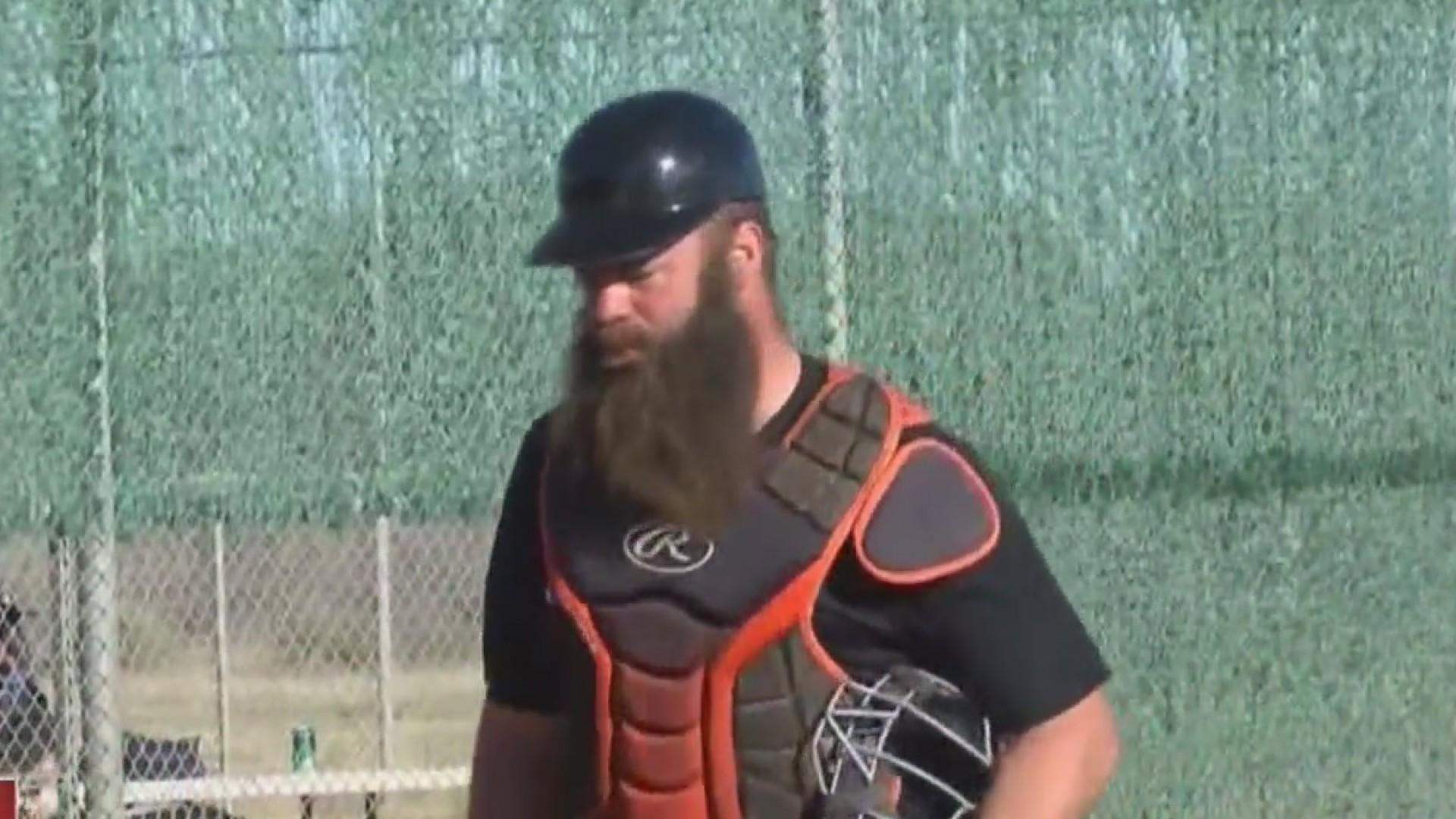 Houston_Astros__Evan_Gattis_Plays_In_UTP_1_20190120052337