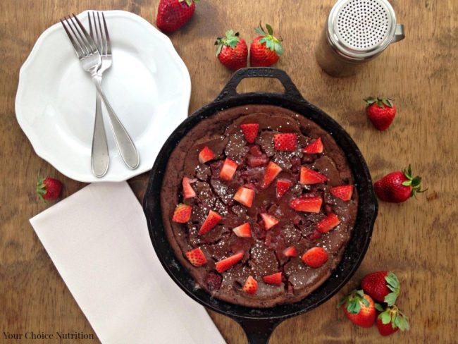 Chocolate Strawberry German Pancakes