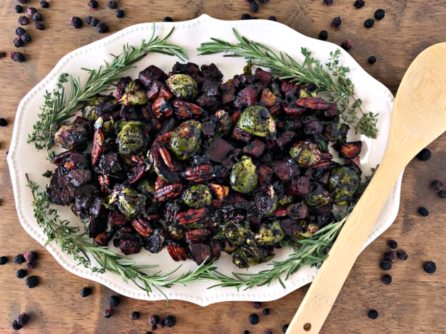 Make family gatherings wild this holiday with Roasted Vegetables & Pecans with Wild Blueberry Balsamic Sauce | recipe via www.yourchoicenutrition.com