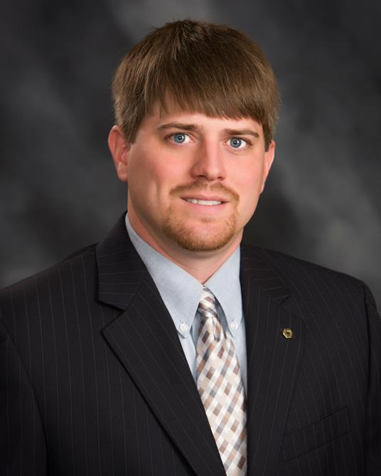 Houston Moore Achieves Certification with the ICBA  Citizens National Bank