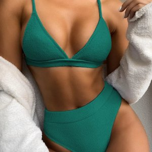 bikini taille haute triangle