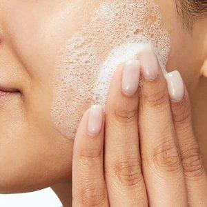nettoyant moussant peau grasse cerave