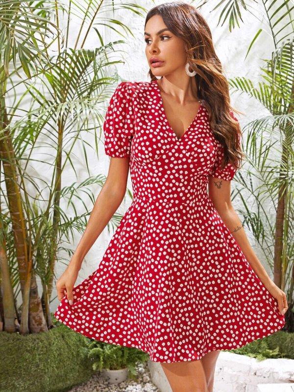 robe courte fleurie femme