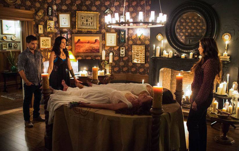 witches of east end the fall of the house of beauchamp retrospective dead witches walking. Black Bedroom Furniture Sets. Home Design Ideas