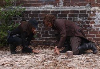 Ichabod and Abbie find a secret tunnel leading to the potential resting place of Enoch's sword
