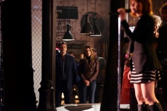 "While Castle and Beckett wait for one of the SNT crew to find out who checked out the black mask, they listen to Carly Rae Jepsen sing ""I Really Like You"""
