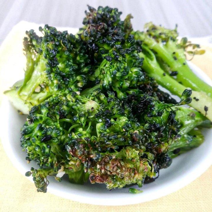 Healthy Oven Roasted Broccoli