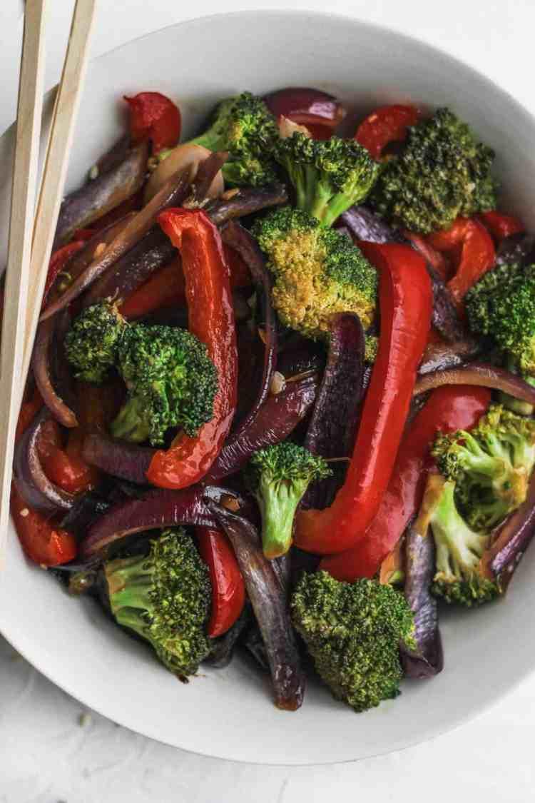 A bowl of stir fried veggies.
