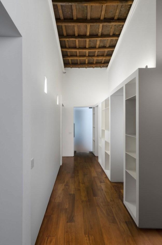 Designed by Labics - Column House 12