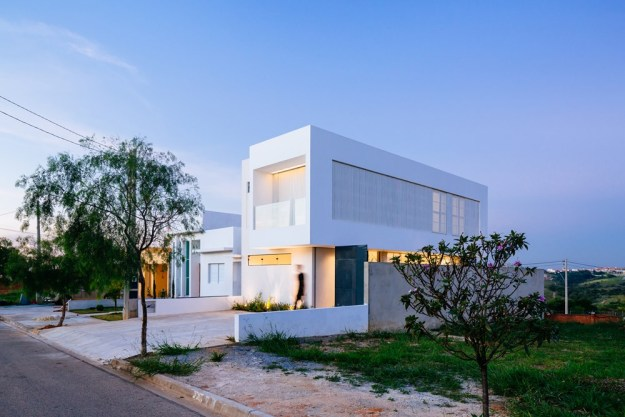 Sorocaba House designed by ESTUDIO BRA 17