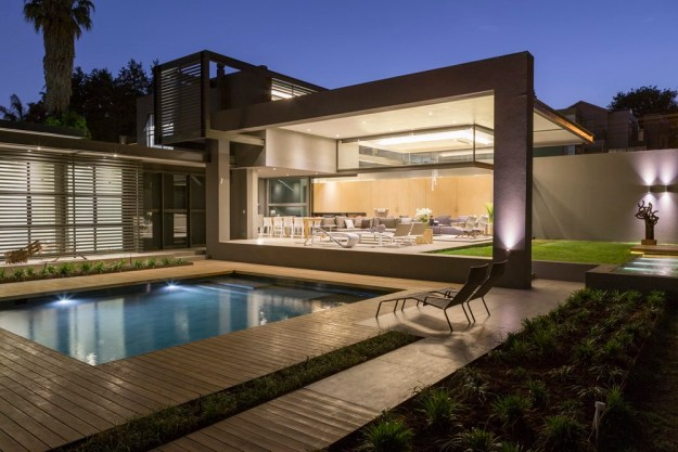 House Sar designed by Nico Van Der Meulen Architects | Your House Idea
