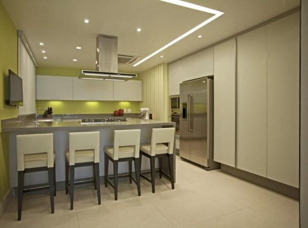 The LRF Apartment designed by Paula Martins Arquitetura 12