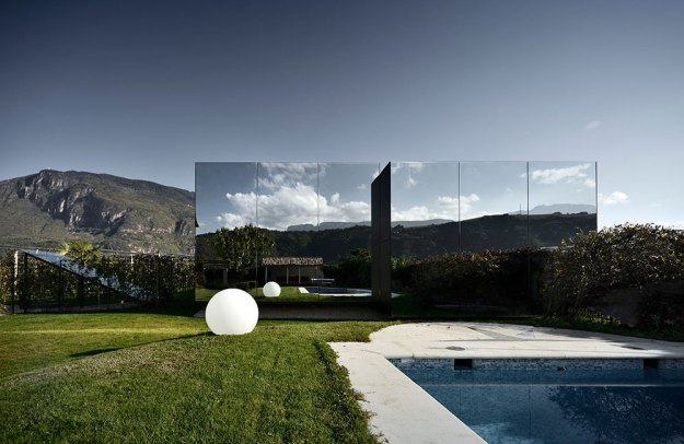 Mirror Houses designed by Peter Pichler Architecture 12