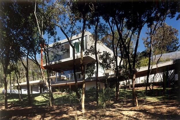 M.M. House designed by Andrade Morettin Arquitetos Associados 3