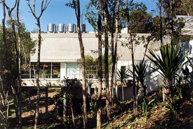 M.M. House designed by Andrade Morettin Arquitetos Associados 4