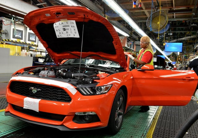 ford-mustang-2014-fabbrica_1