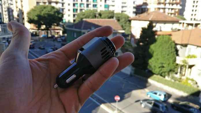 Dodocool Carica Batterie USB da Auto con Purificatore d'Aria e Auricolare Bluetooth (4)
