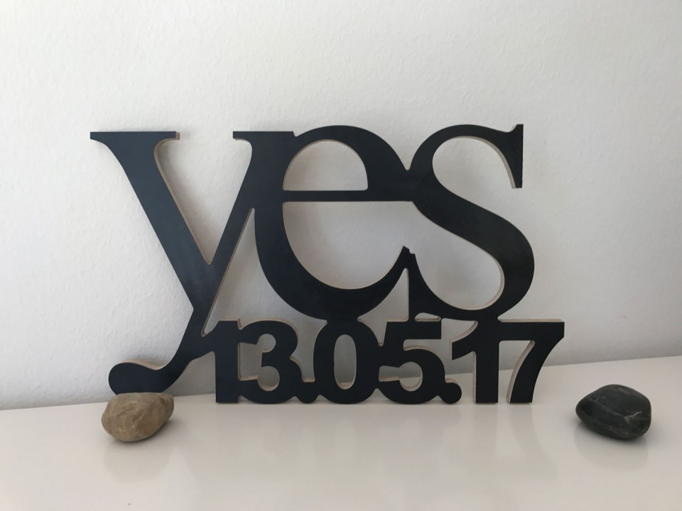 Hochzeitsgeschenk Yes mit Datum