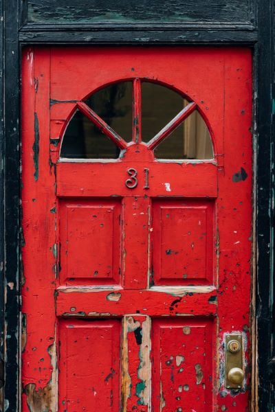 Reinforcing red door with a robust lock