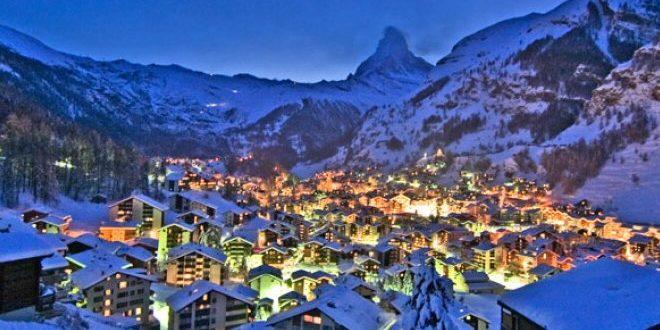 Durante il periodo natalizio i mercatini di natale aosta trasformano il centro della città in un suggestivo villaggio alpino. Iniziative E Mercatini Di Natale Valle D Aosta 2017