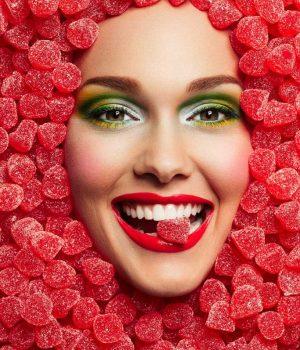 Reklambild för godisaffären Sockerbit