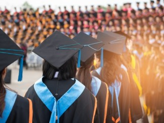 5 Reasons To Invest In Higher Education 5