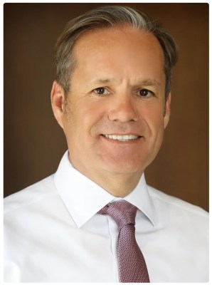 Local Financial Professional Derek Overstreet Receives Prestigious Sales Award