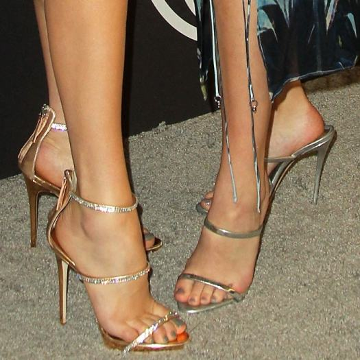 Bailee Madison and Peyton List show off their naked feet in sexy stiletto sandals