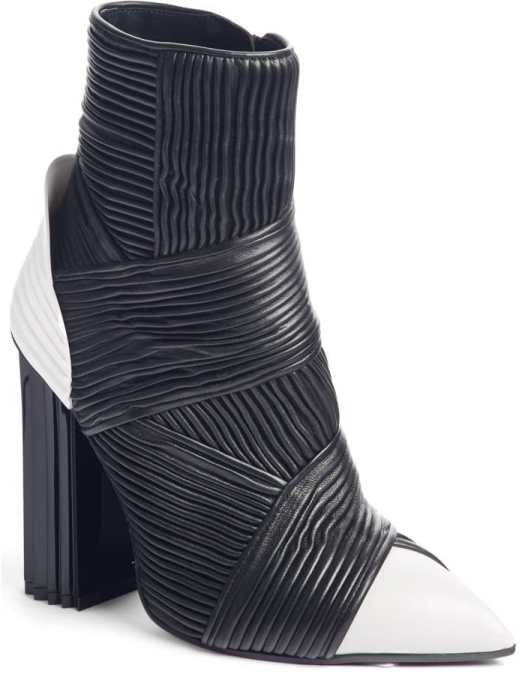 A chunky, accordioned heel perfectly balances the style