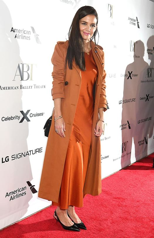 Katie Holmes looks all set for the Halloween festivities in pumpkin spiced ensemble