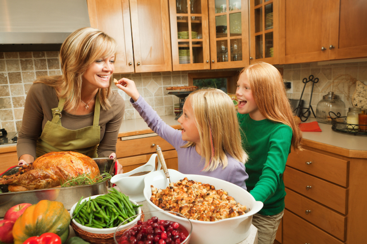 Thanksgiving Cleanup Tips to Avoid Foodborne Illnesses