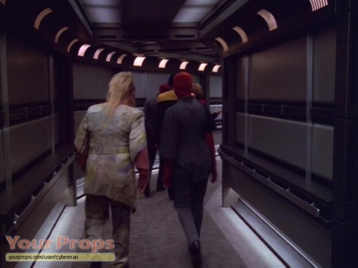 Star Trek: Voyager FEMALE MONEAN COSTUME. original TV