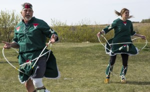 Neil Lumsden and Kristin Lumbsen try their hand at Native Hoop Dancing on Amazing Race Canada 3