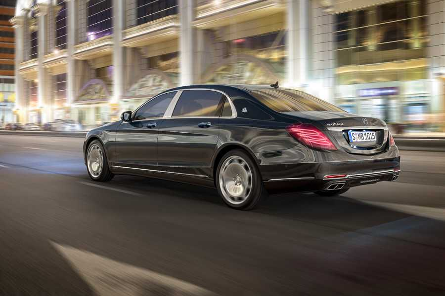 2016 Mercedes Maybach S600 is Lavishly Luxurious with a $200,000 Price Tag