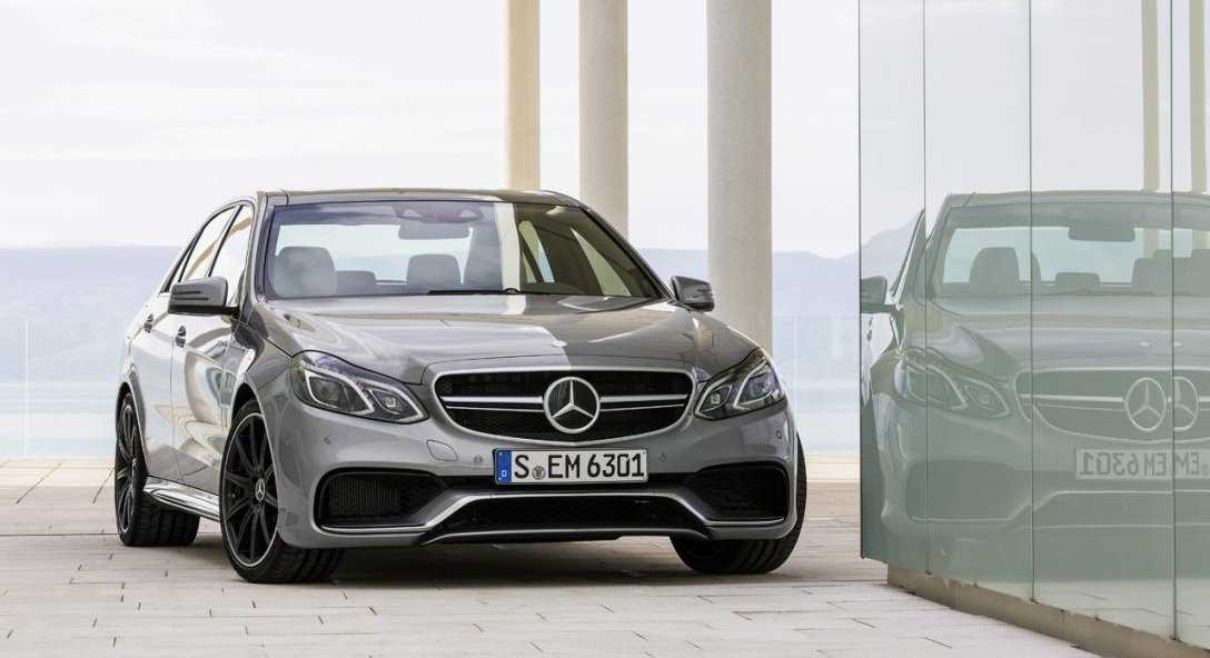 Next Generation 2016 Mercedes-Benz E-Class Will Look and Feel Premium