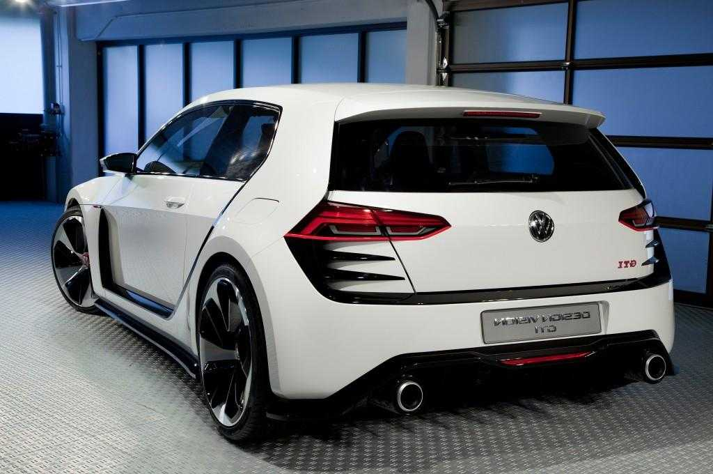 2016 Volkswagen Golf and Golf GTI Models Earn 5 Star Safety Rating