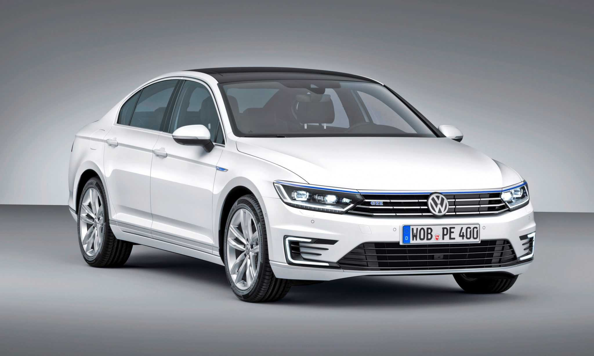 2016 Volkswagen Passat Gets a Refreshed Design with Notable Performance Upgrades