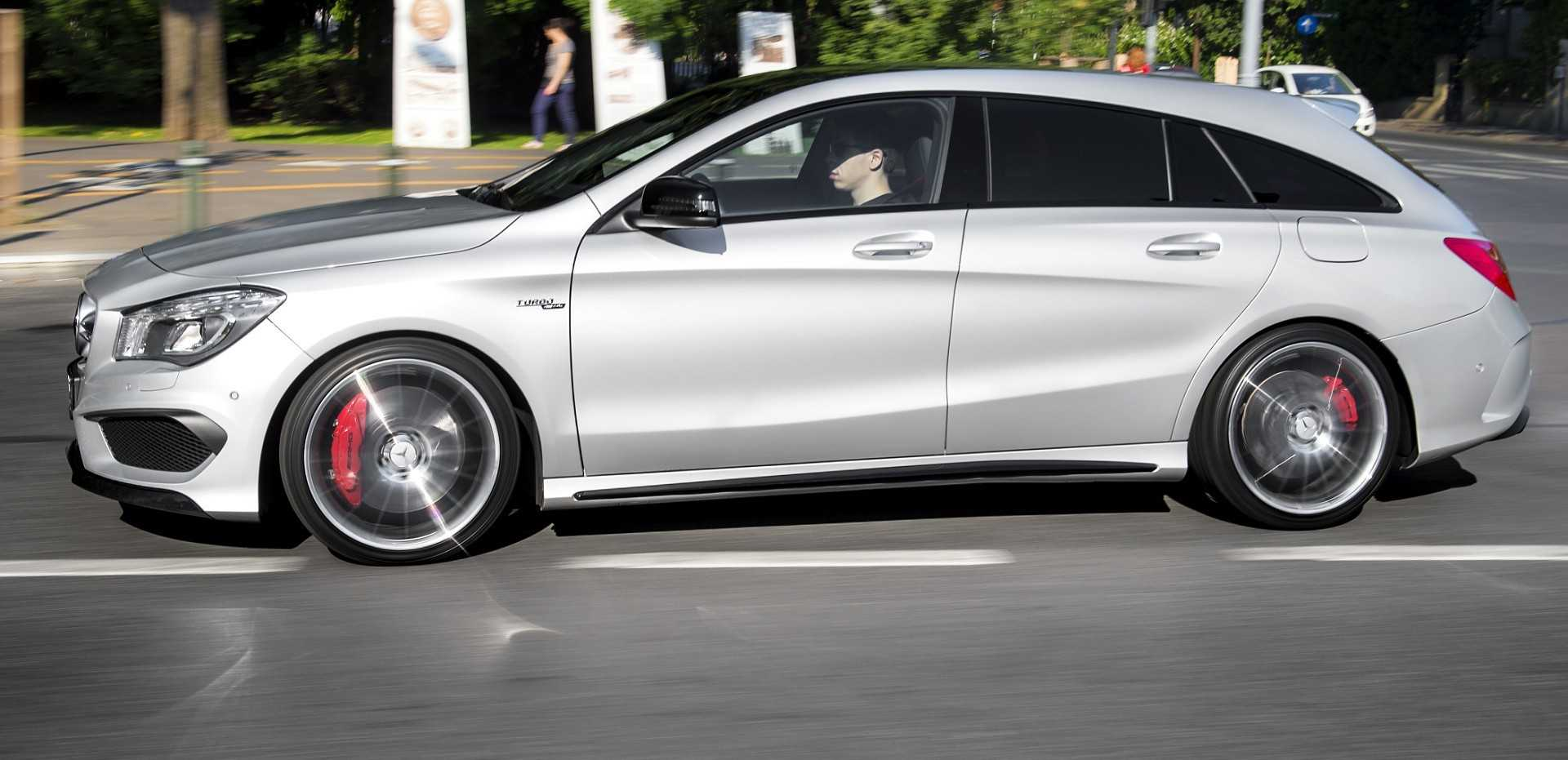 2016 Mercedes Benz CLA Shooting Brake Exposed in New Spy Shots