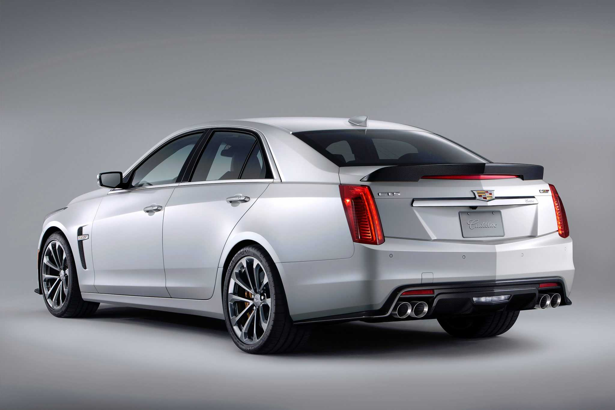 2016 Cadillac Boosts Fuel Efficiency in CTS and ATS Models with New Engine