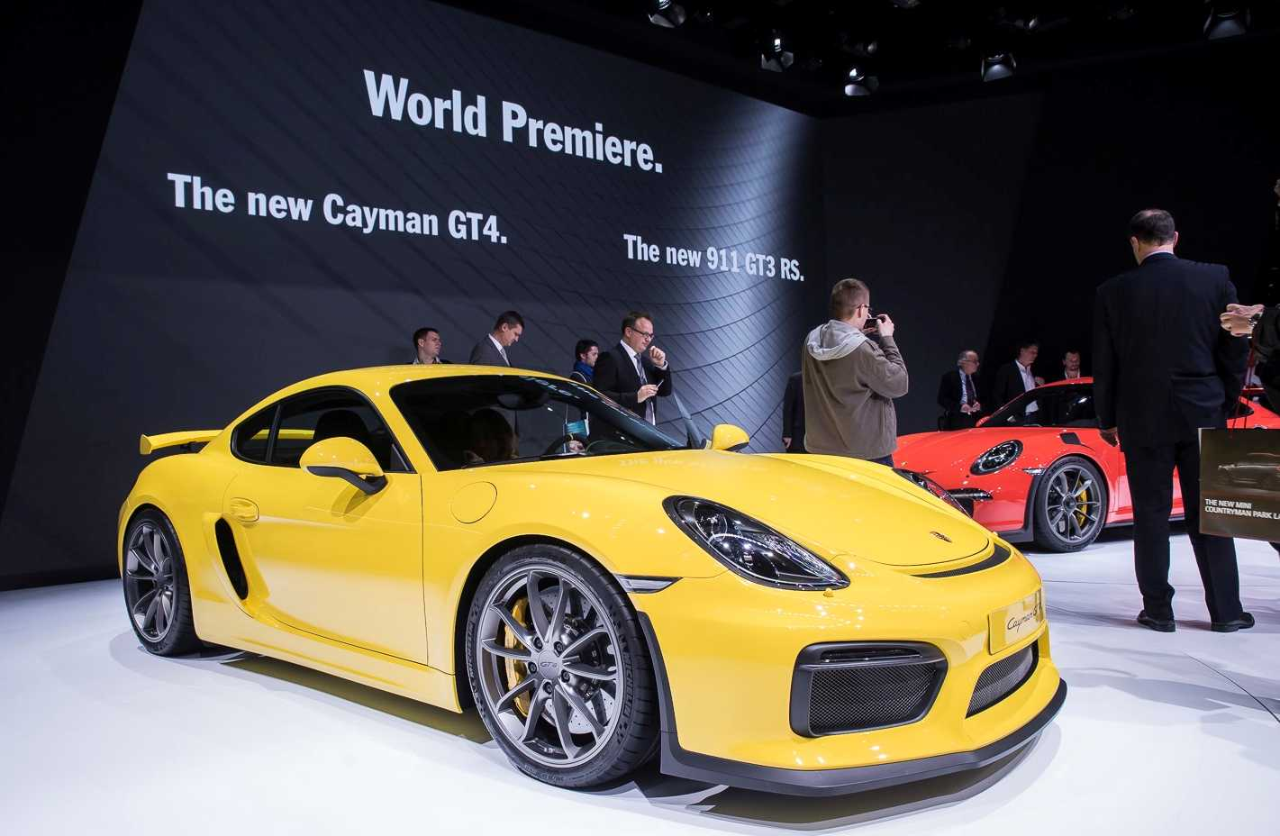 Porsche Forays into Entry Level Sports Cars with its Cayman GT4 Clubsport: Debut at LA Auto Show