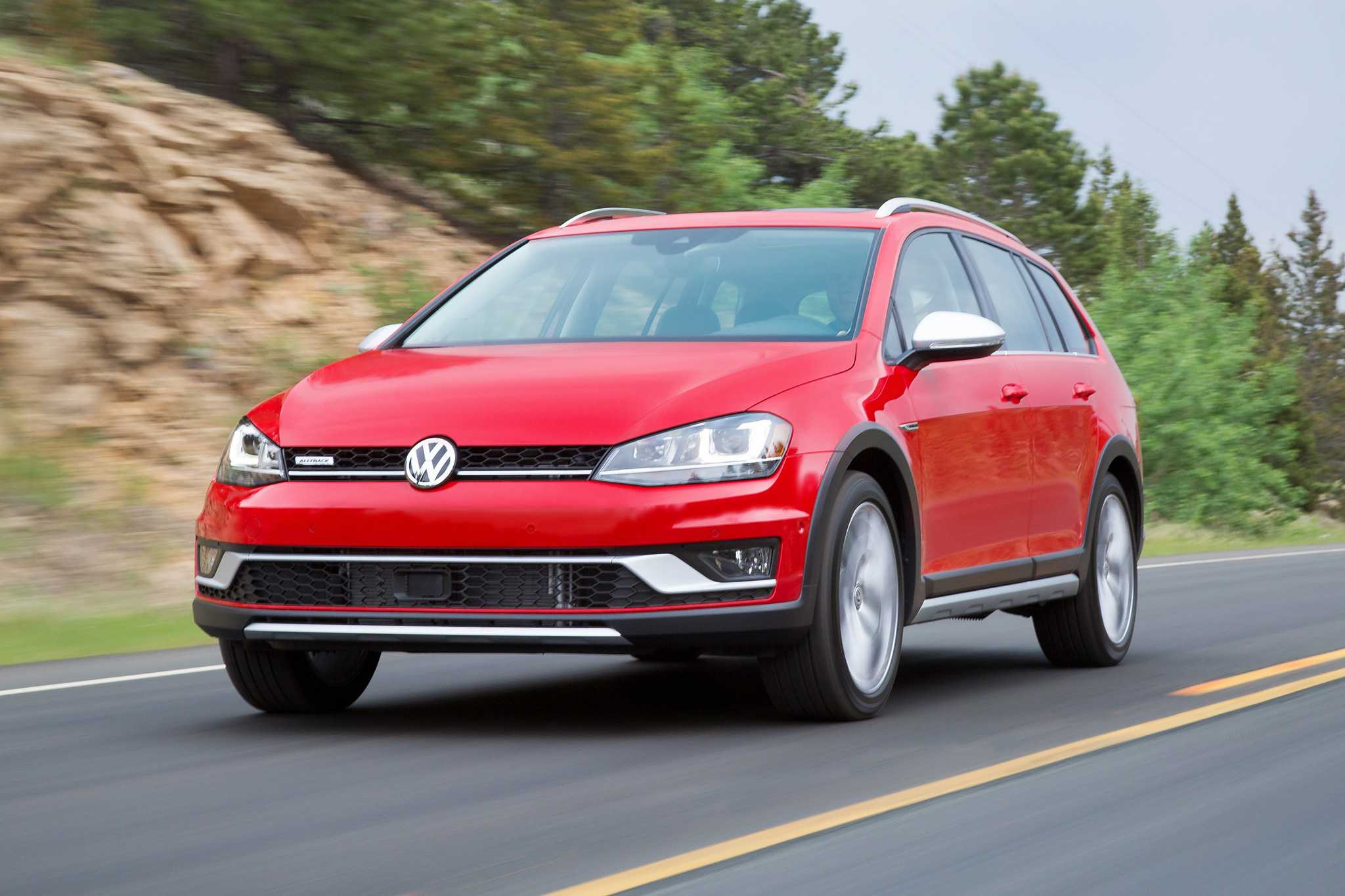 2017 Volkswagen Golf Alltrack Pricing Starts At $26,670