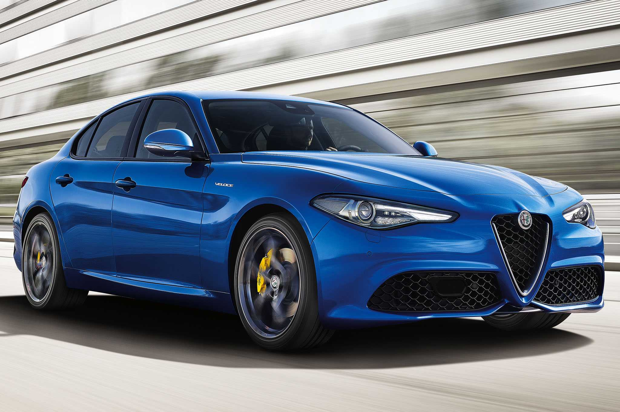 Alfa Romeo Giulia Veloce is Heading to Paris Auto Show