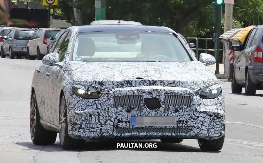 Mercedes AMG C53 Being Tested in Hot Weather, Spy Shots Emerge
