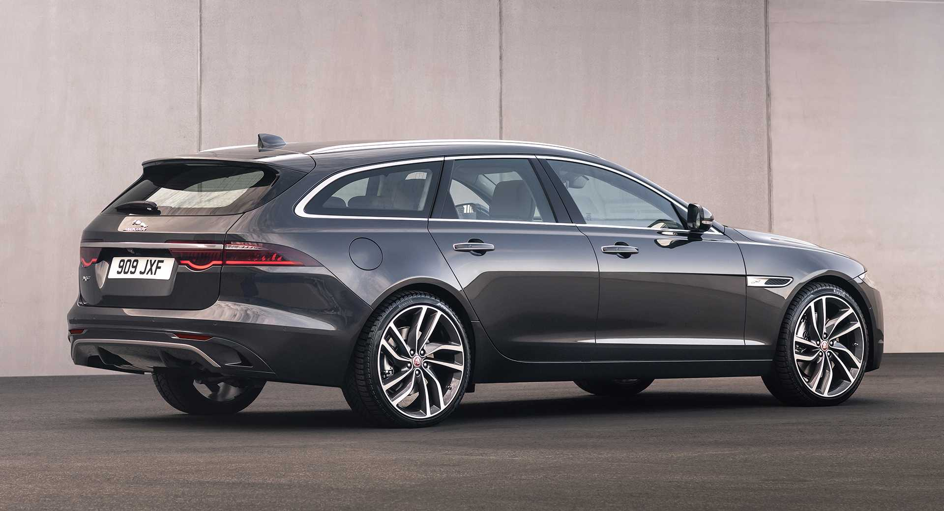 2021 Jaguar XF Updated with an Impressive Interior Design and Dual 4-Cylinder Engine