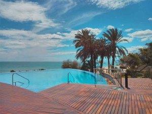 Las Colinas Beach Club swimming pool